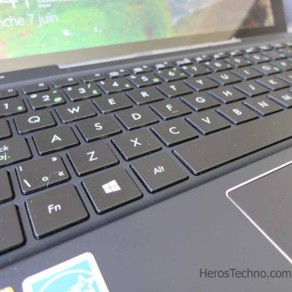 Asus T300 Chi vs Surface 3 (9)